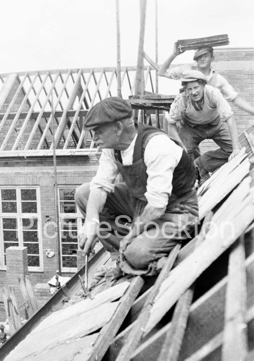 Up On The Roof Grangefield Grammar School C1940s