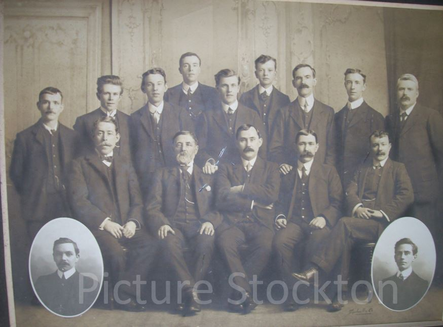 William Leng & Sons group photograph